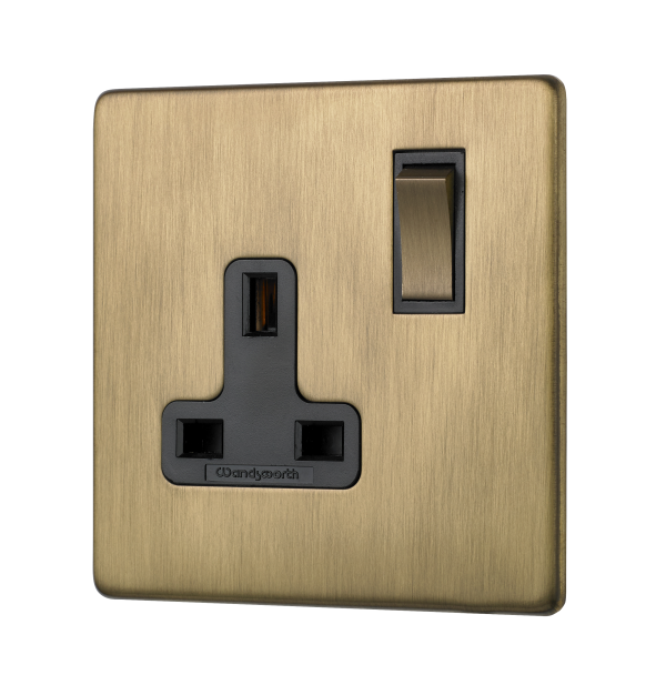 Penthouse single switched socket